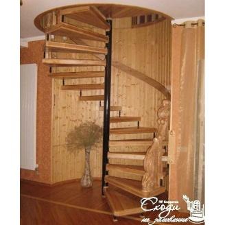 Гвинтові сходи з ясена