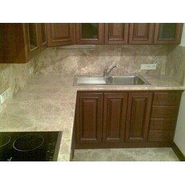 Столешница кухонная из мрамора Emperador Light
