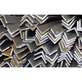 Кутник сталевий гарячекатаний 20х20х3 мм