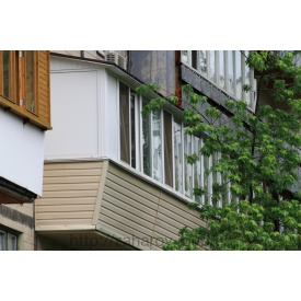 Ремонт балкона під ключ в чешці