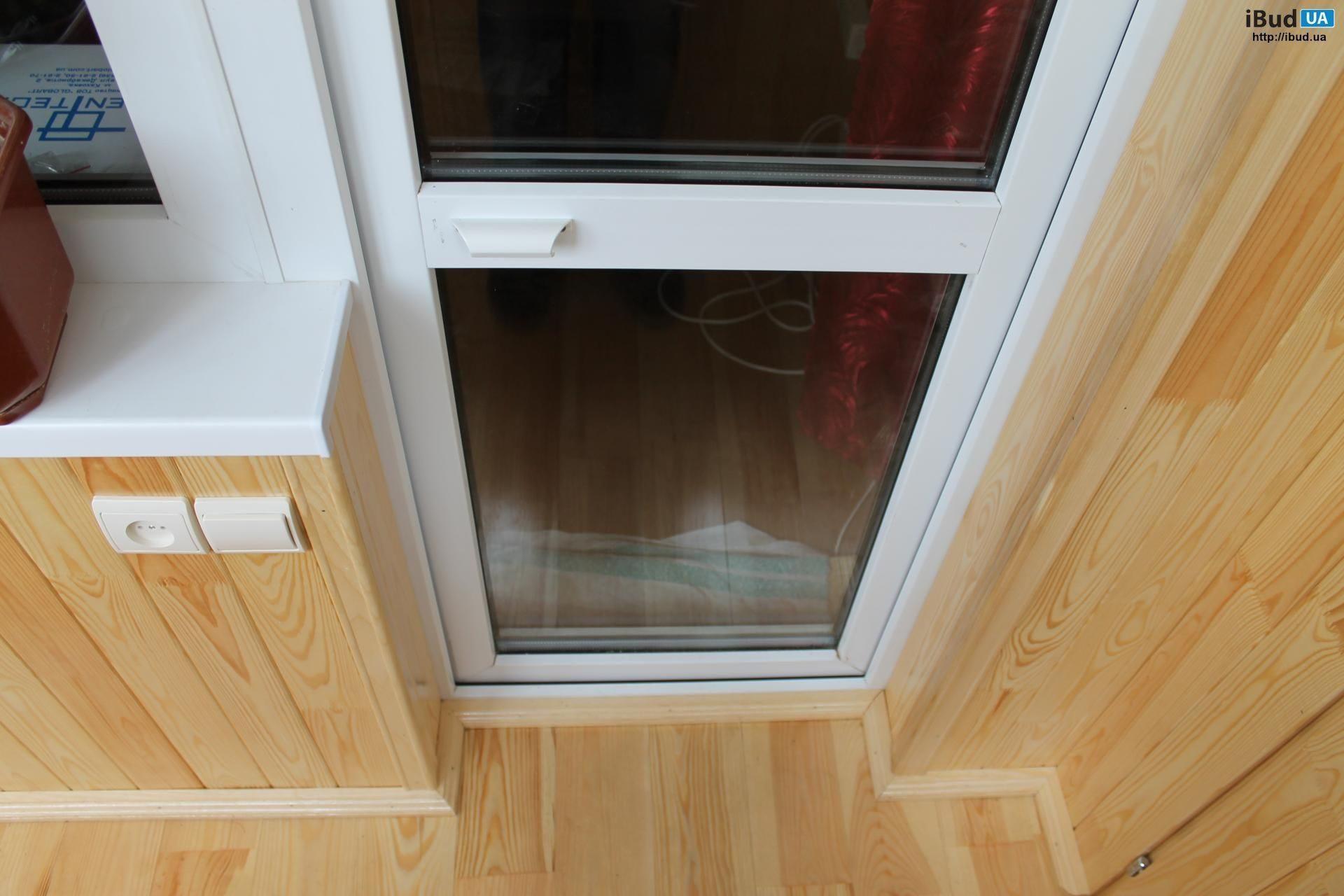 Ремонт пластикових вікон та балконних дверей