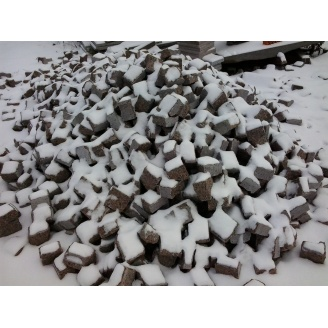 Брусчатка гранитная колотая 5х5х5 см