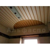 Реечный потолок ламинированный под золотистый шелк