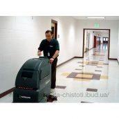 Мытье твердого пола с помощью машины Inox Mark I 512 RT