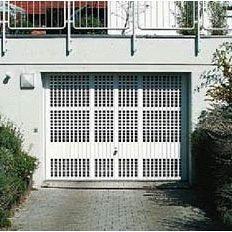 Подъемно-поворотные ворота Hormann Berry гофра мотив 914 RAL 9016 белый