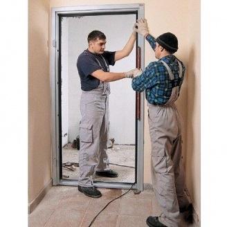Установка готовых дверных блоков