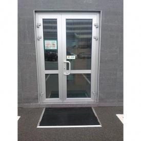 Алюминиевые двери из теплого профиля Rescara Р-69