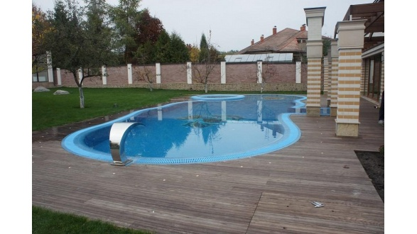 Захисні накриття для басейнів