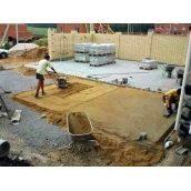 Укладання тротуарної плитки на основу