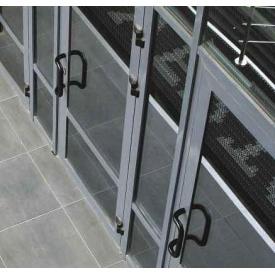 Двери с алюминиевого профиля системы Алютех ALT W72 c повышеными термоизоляционными свойствами
