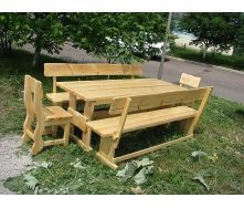 Комплект дерев'яних меблів у стилі еко натурального кольору