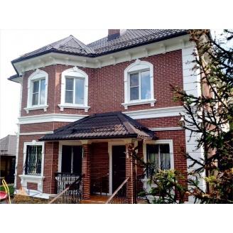 Декоративная отделка фасада дома