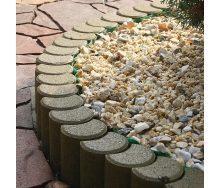 Поребрик фігурний круглий Золотий Мандарин 500х80х250 мм на сірому цементі гірчичний