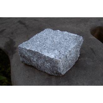 Колота бруківка з покостівського граніту 10х10х5 см сіра
