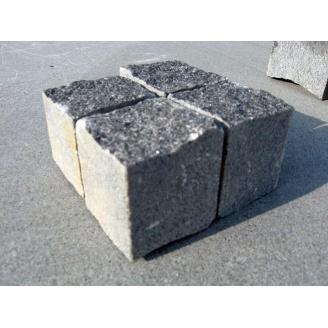 Бруківка колото-пиляна гранітна 10х10х5 см сіра