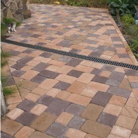 Тротуарна плитка Золотий Мандарин Стара площа 160х40 мм на сірому цементі персиковий