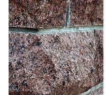 Цокольная плитка СКАЛА из натурального гранита бордовая