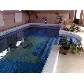 Будівництво басейну з мозаїчним покриттям