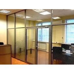 Перегородки стеклянные для разделения офиса