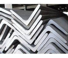 Уголок стальной горячекатаный Ст.3 100х100х6 мм