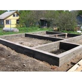 Заливка фундаменту під будинок