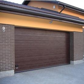 Ворота гаражні секційні Ryterna TLB woodgrain вузький гофр RAL 8017
