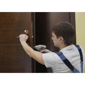Встановлення вхідних дверей