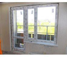 Балконный блок из профиля REHAU трехкамерный 700x2000 мм