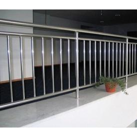 Перила Тріумф Захід з вертикальним наповненням Французький балкон