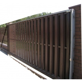 Откатные автоматические ворота из штакет коричневые