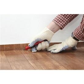 Укладання лінолеуму на підлогу