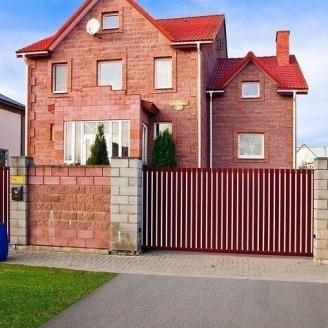 Откатные ворота Alutech Comfort экструдированный алюминиевый профиль