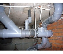 Монтаж металлопластиковых труб канализации