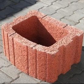 Квітник квадратний Золотий Мандарин 500х400х250 мм на сірому цементі червоний