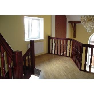 Изготовление современной деревянной лестницы на тетивах
