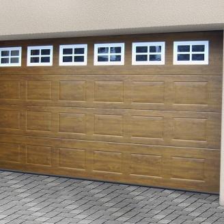 Ворота гаражні секційні Ryterna TLB woodgrain фільонка Golden oak