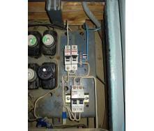 Прокладка электрического кабеля в металлорукаве с подключением к внешнему счетчику 5х10 мм2