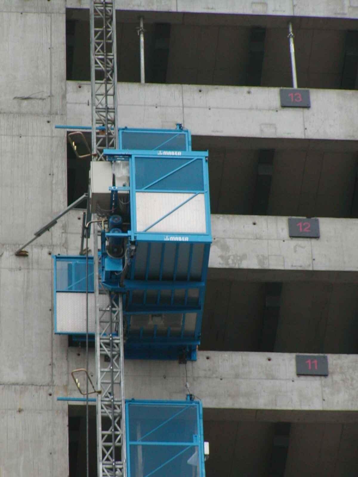 г. Киев, Мачтовый подъёмник Maber. Строительство многоэтажного дома