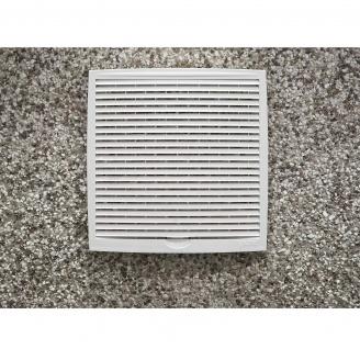 Наружная вентиляционная решетка VILPE 240х240 мм белая