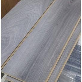 Ламинат Дуб Канова 002 8 мм 32 класс серый