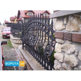 Кованные уличные ворота и ограждения (Польша)