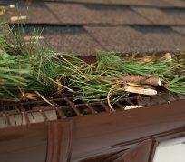 Как надежно защитить крышу от избытка влаги?