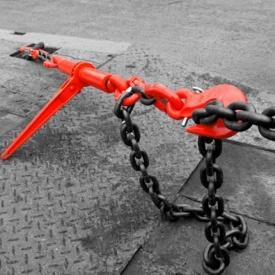 Стяжное устройство храпового типа