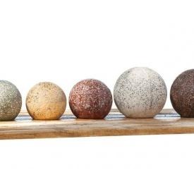 Бетонный шар МикаБет с мраморной крошки 16 см серый