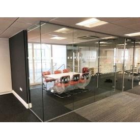 Стеклянная перегородка Студия закаленного стекла 2900x1800 мм
