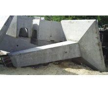 Фундамент с наклонной стойкой под промежуточные и промежуточно-угловые опоры ВЛ 500 кВ