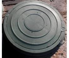 Кришка люка садова полімерпіщана легка 620х26 мм чорна