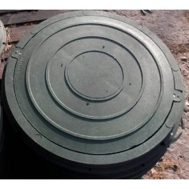 Крышка люка садовая полимерпесчаная легкая 620х26 мм черная