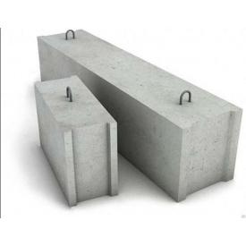Фундаментный блок ФСБ 24.4.6-т бетонный М 100 300х580х880