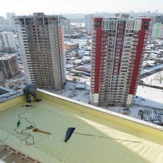 Гідроізоляція мембраною пвх  плоского даху багатоповерхового будинку